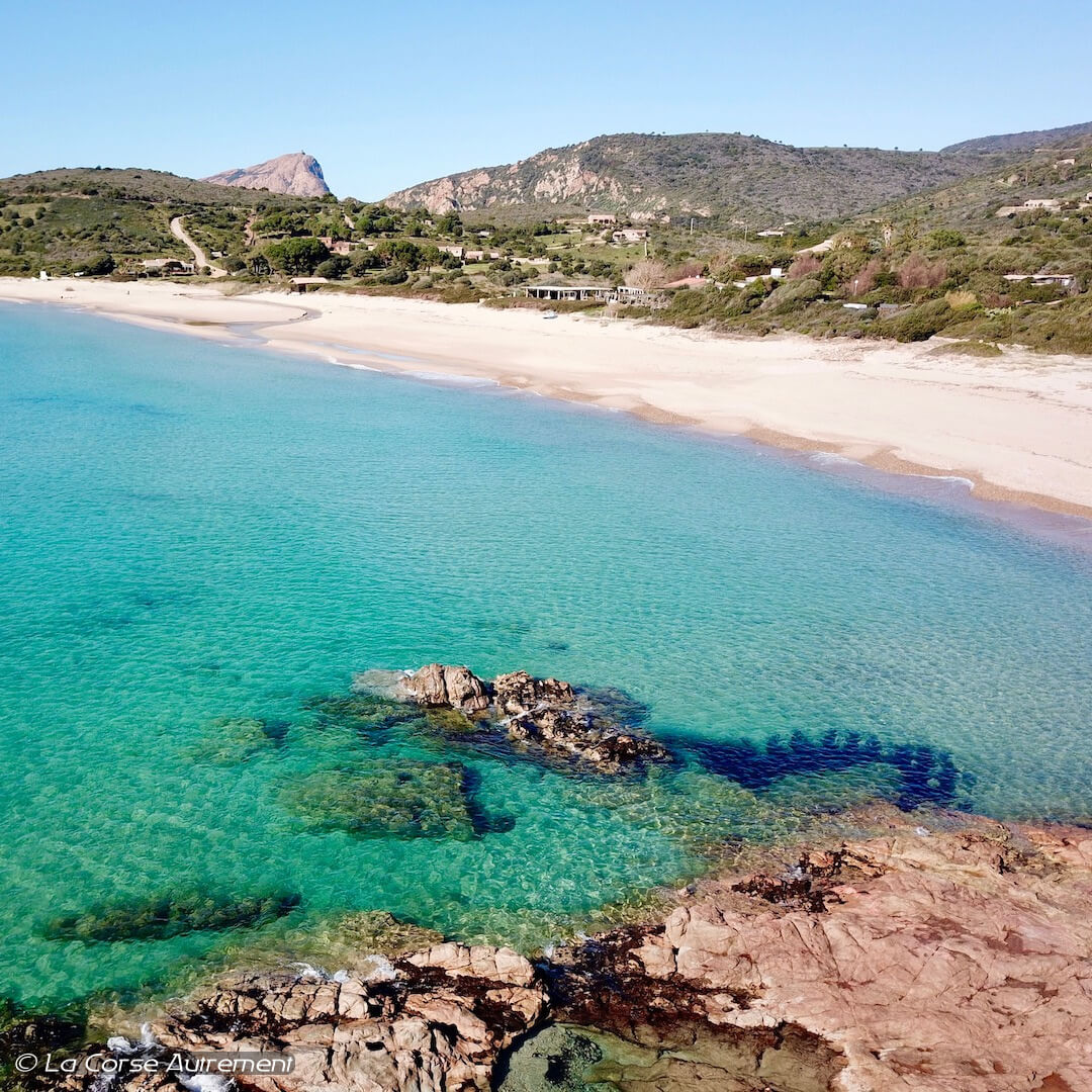 La plage d'Arone en Corse