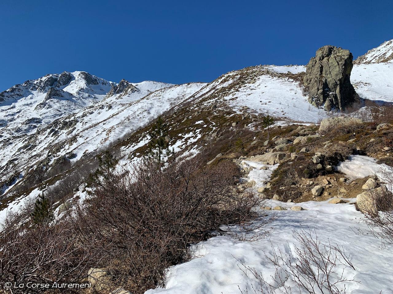 Monte Renoso avec le Lac de Bastani