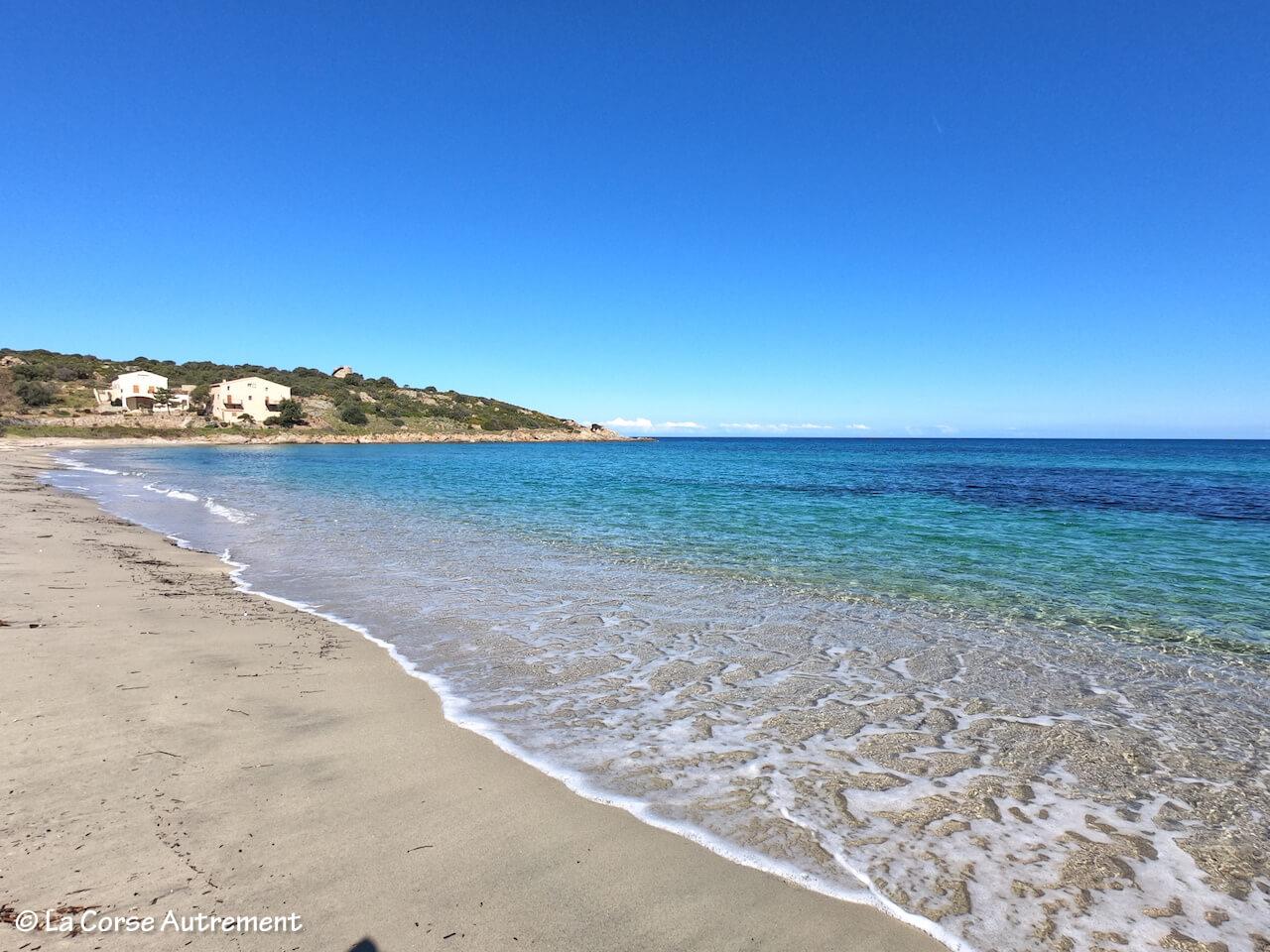 La plage de Lozari en Corse